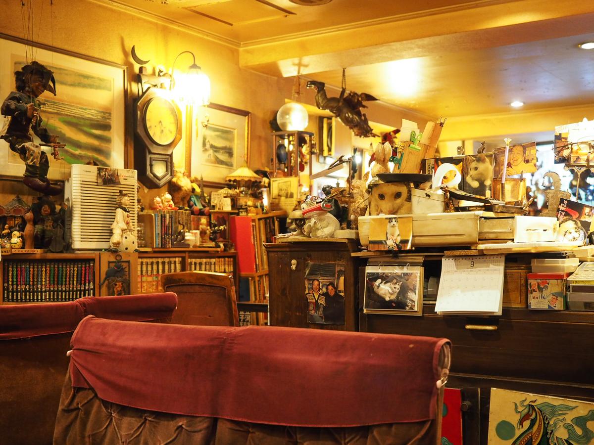 新宿三丁目 喫茶店 カフェアルル 新宿 レトロ 喫茶店
